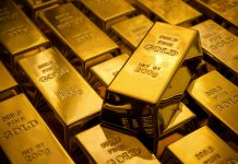 Gold rose to February high on recession fears