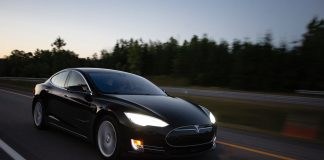 Tesla's sales fell by 31% in Q1